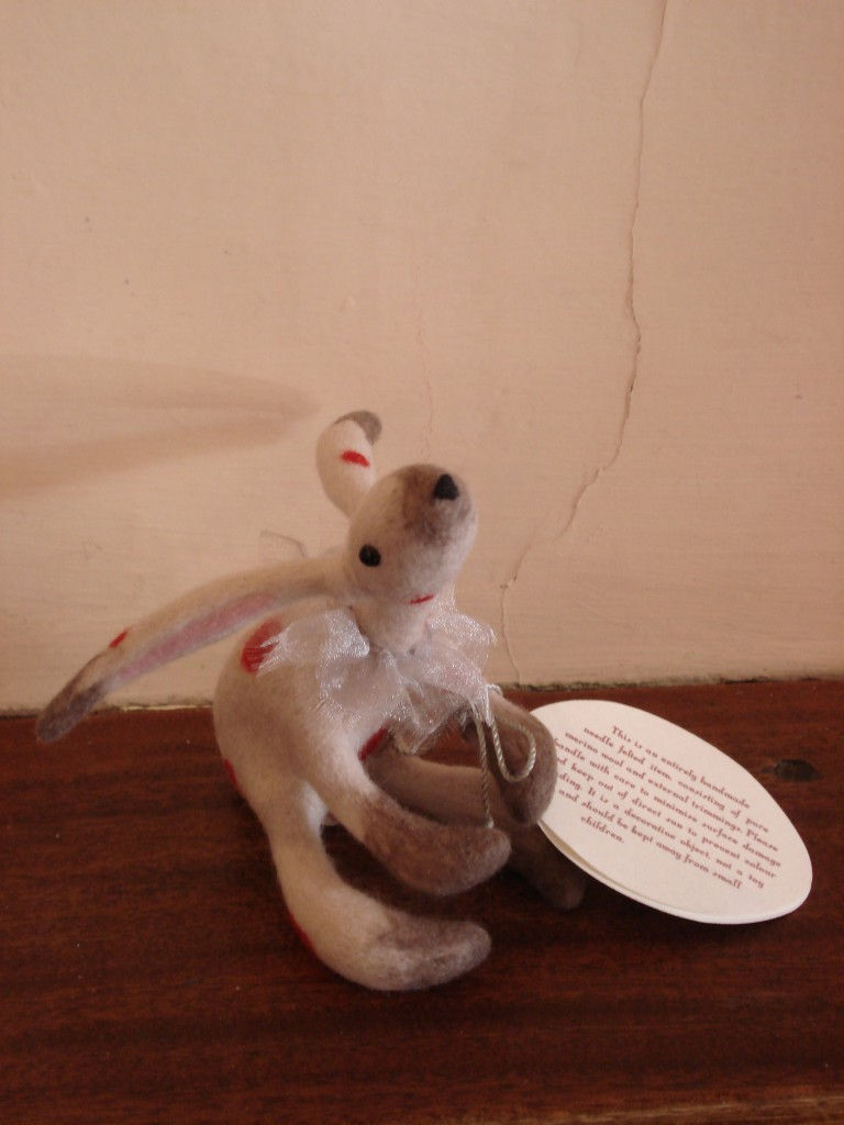 Felted squirrell 013
