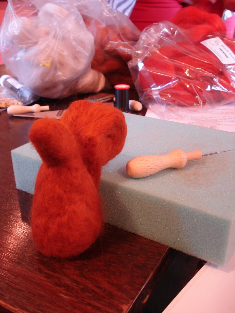 Felted squirrell 019