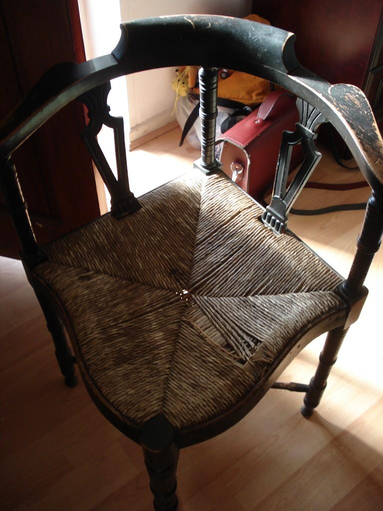 Cain chair 001