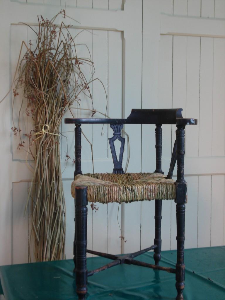 Cain chair 046
